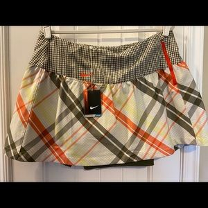 NWT Nike Golf Skirt; size 14